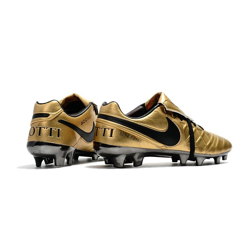 huge discount 5d3a7 e663c New 2017 Nike Tiempo Totti X Roma Soccer Cleats - Golden Black
